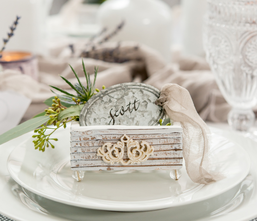 Aged Vintage Chic Wedding Favour Box with Tin Favour Tags | Confetti.co.uk