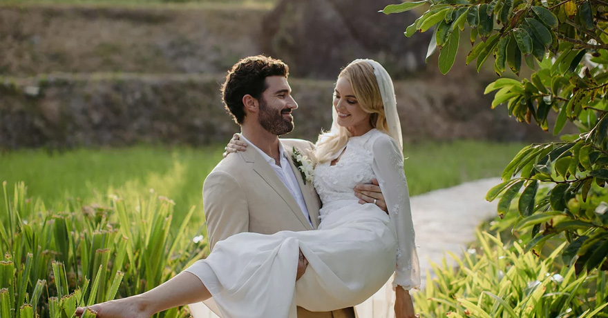 Kaitlynn Carter Wed Brody Jenner in a Bespoke Bo and Luca Gown | Confetti.co.uk