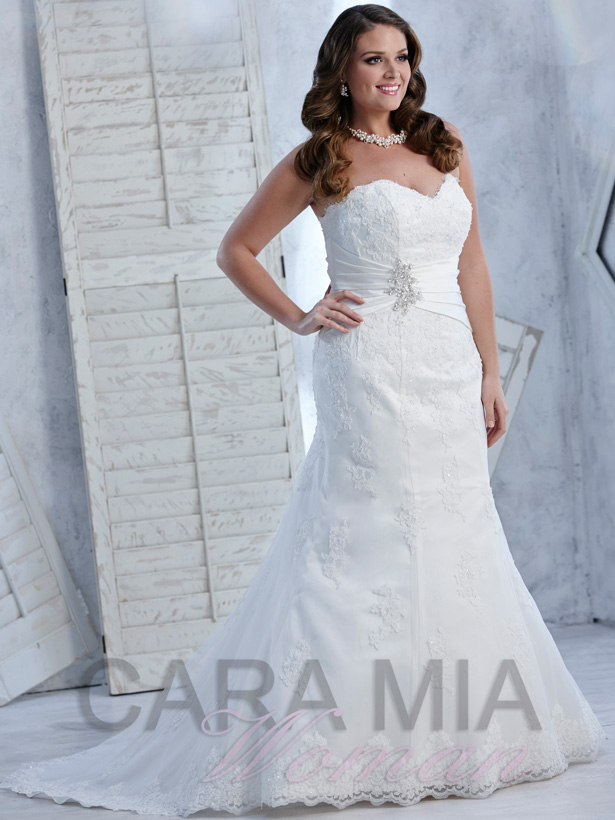 Eternity Bridal | Cara Mia Woman collection | Wedding Dress For Plus Size Brides | White Lace Wedding Dress with Detailed Satin Belt | Confetti.co.uk