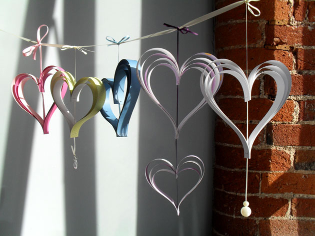 DIY Wedding Decorative paper hearts | Confetti.co.uk