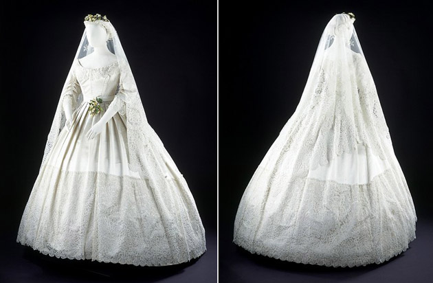 Victorian Wedding Gown & Veil