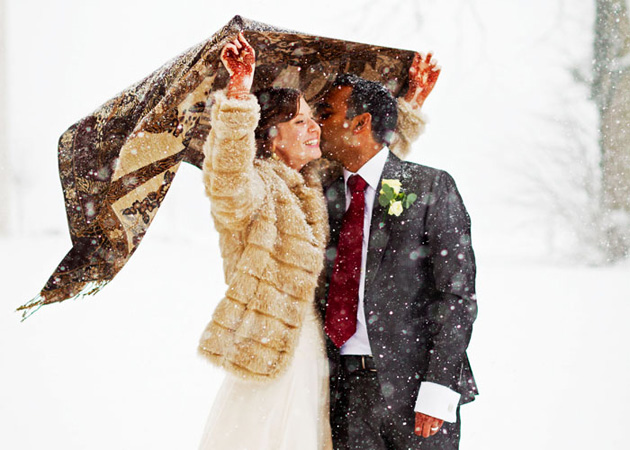 winter bride and groom snow