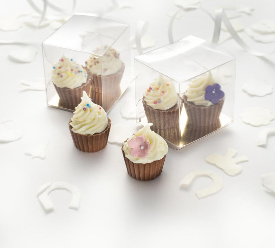 Mini Chocolate Cupcakes from The Gourmet Chocolate Pizza Co - Yummy Wedding Favour Ideas - Chocolate Favours Inspiration - Mini Wedding Cupcake Favours | Confetti.co.uk