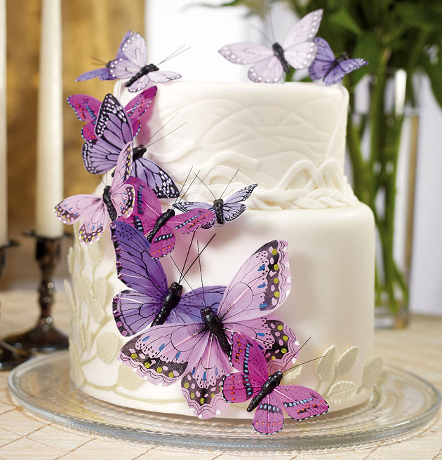 Hand-painted butterfly cake decorations | Confetti.co.uk