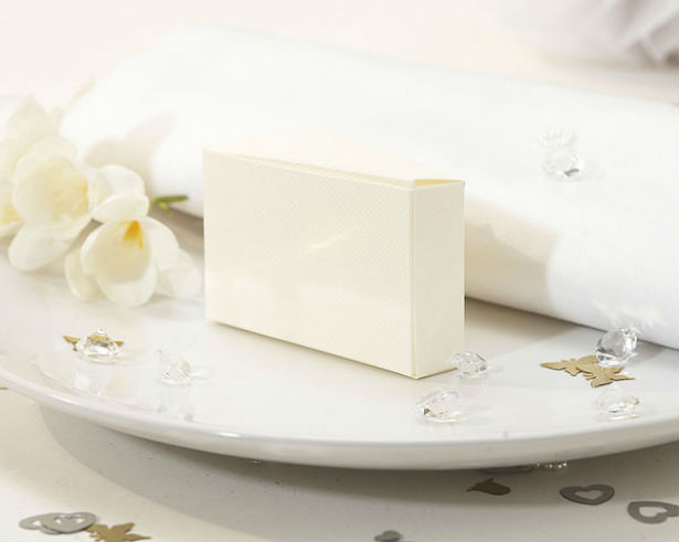 Wedding Cake Box Confetti