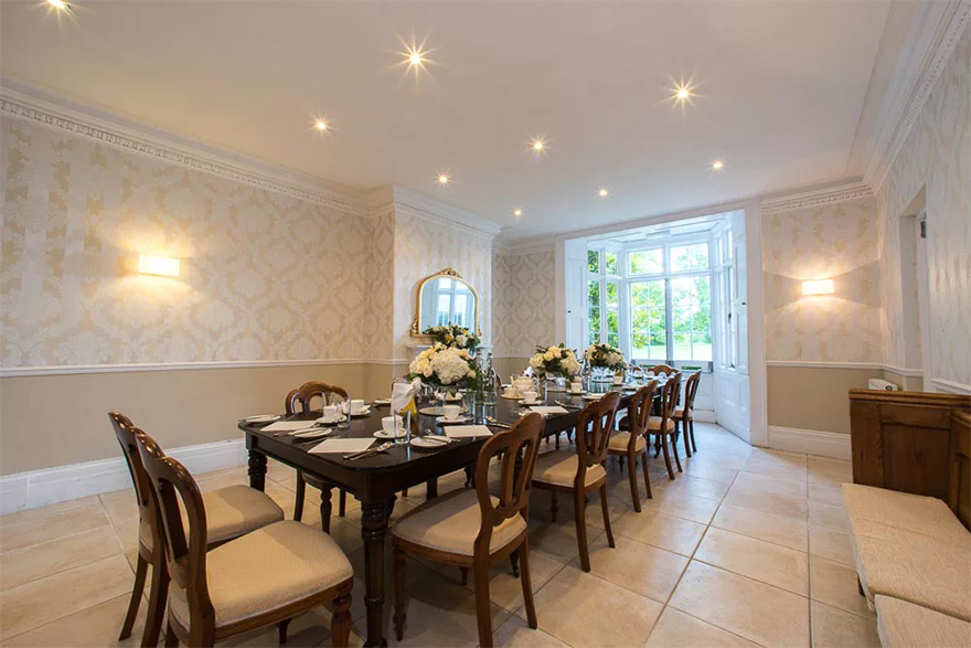 Silchester House Intimate Country House Wedding Venue in Berkshire - Dining Room Wedding Reception | Confetti.co.uk