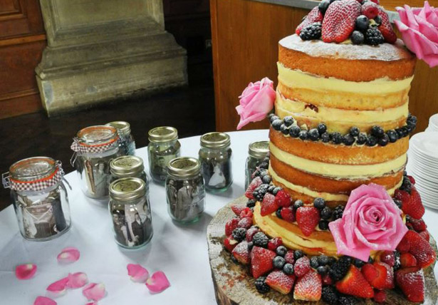 wedding cake flowers berries sponge cake jars roses