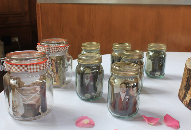 jars DIY wedding day