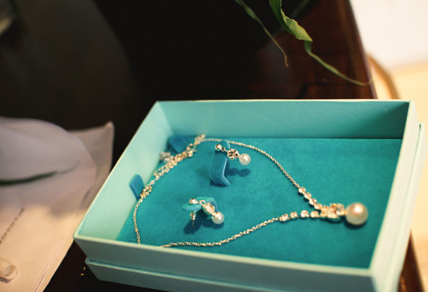Silver diamond and pearl bridal necklace