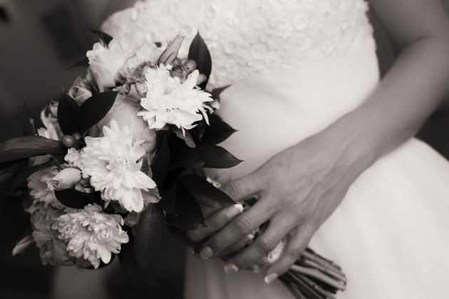 Bridal bouquets black and white portrait by Yes I do Algrave photography