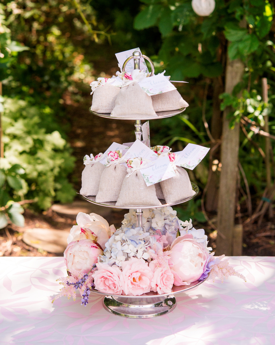 Afternoon Tea Cupcake Stand Decor Ideas | Confetti.co.uk