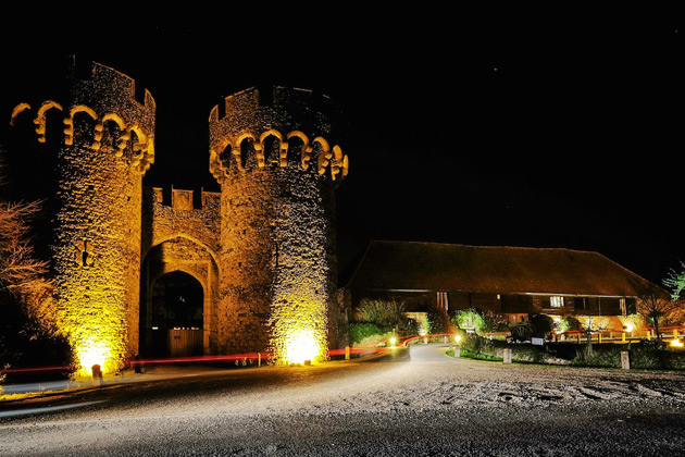 Evening reception at Cooling Castle Barn
