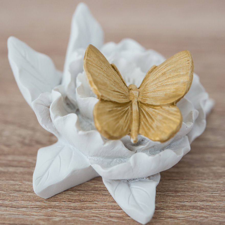 Butterfly Gold Accent - Gold-painted butterfly ceramic decoration | Confetti.co.uk