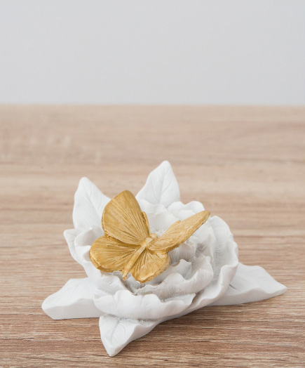 White and Gold Butterfly Decor | Confetti.co.uk