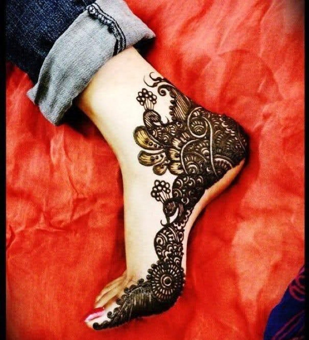 Bridal mehndi for your feeet | Contemporary mehdni designs for your feet | Confetti.co.uk