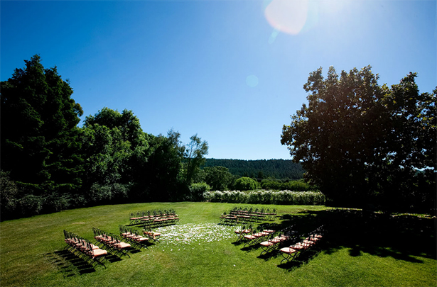Square wedding ceremony seating | Confetti.co.uk