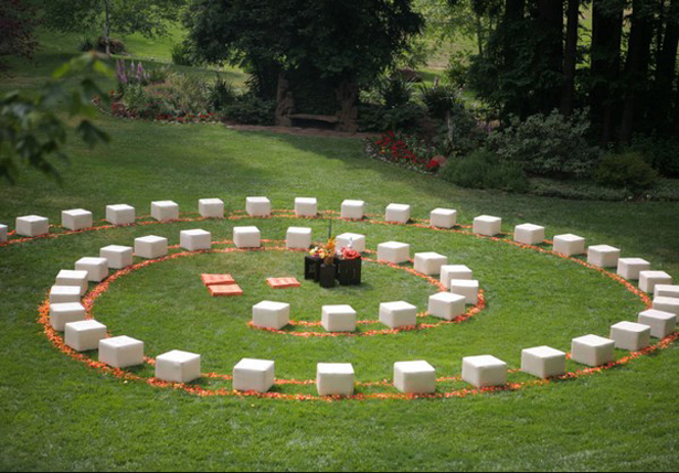 Spiral wedding ceremony seating | Confetti.co.uk