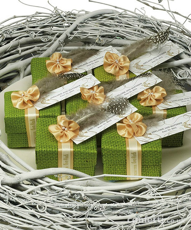 Natural woven rustic green favour boxes