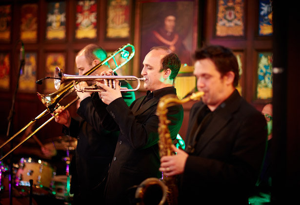 10 Things to have the best man do | Jazz band | Wedding entertainment ideas | Confetti.co.uk