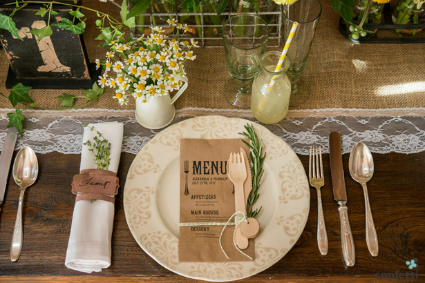What food should you serve to your wedding guests? From Confetti.co.uk