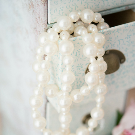 Decorative Vintage Pearl Garland Wedding Decor | Confetti.co.uk