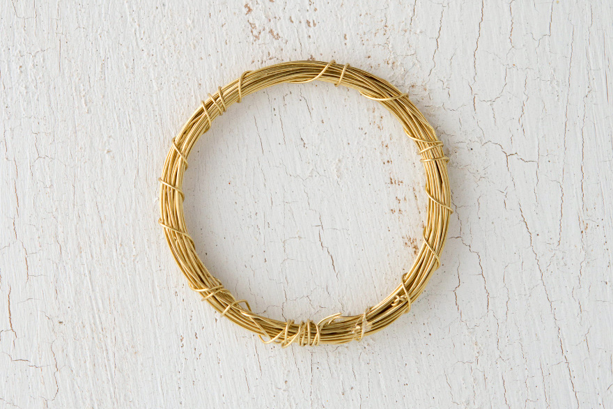 Gold Wire Napkin Ring | Confetti.co.uk