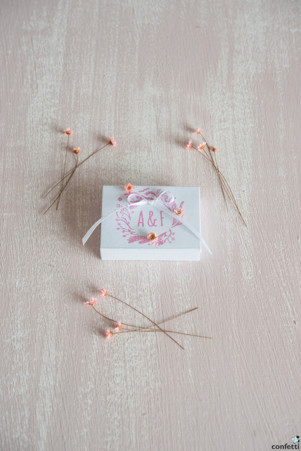 Pink Rustic Florals | Confetti.co.uk