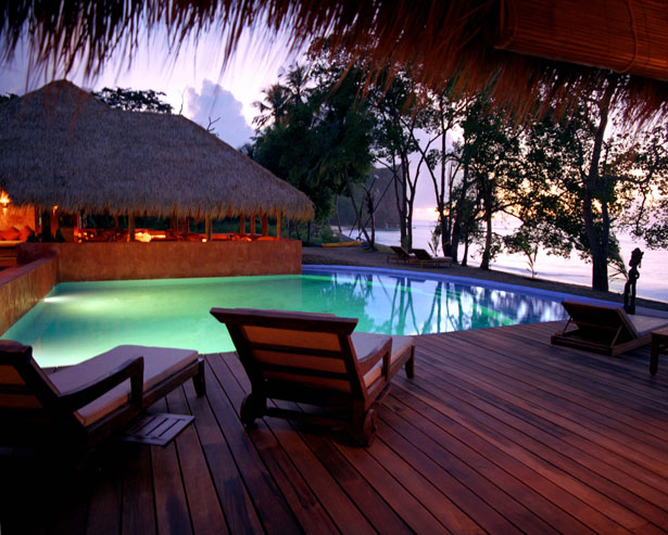 Take a dip in this majestically lit swimming pool on your honeymoon   Confetti.co.uk