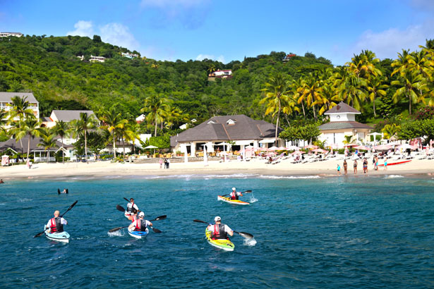 Keep fit on your honeymoon with a spot of kayaking   Confetti.co.uk