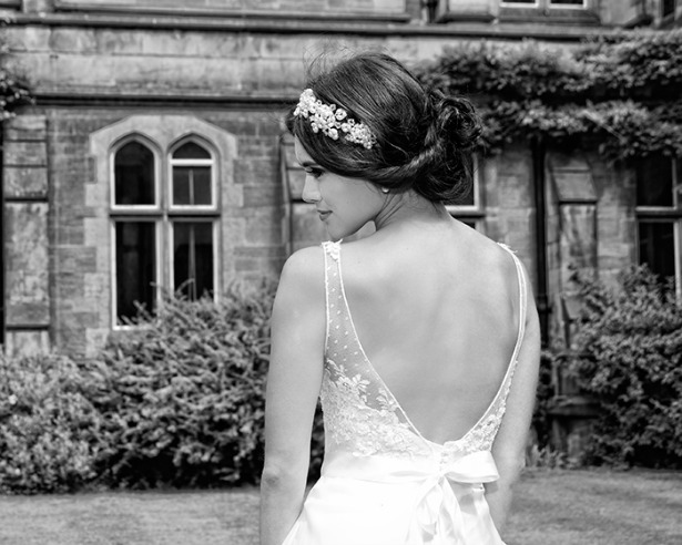 Wedding styles for long hair by Anne Veck | Confetti.co.uk