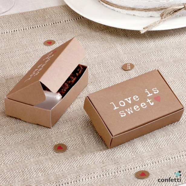 Just My Type Kraft cake boxes | Confetti.co.uk