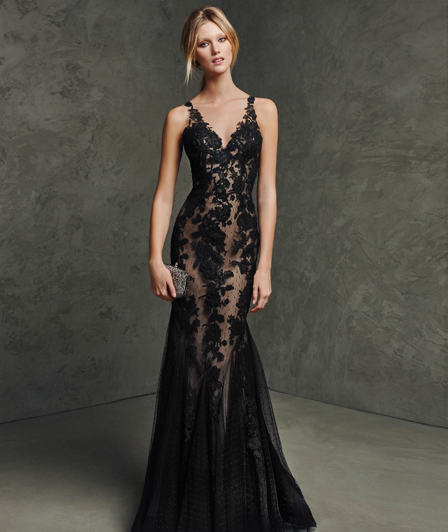 Backless black lace dress by Pronovias | Confetti.co.uk