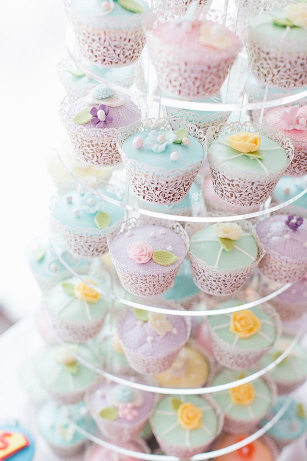 Cupcake Wedding Cake Alternative | Confetti.co.uk