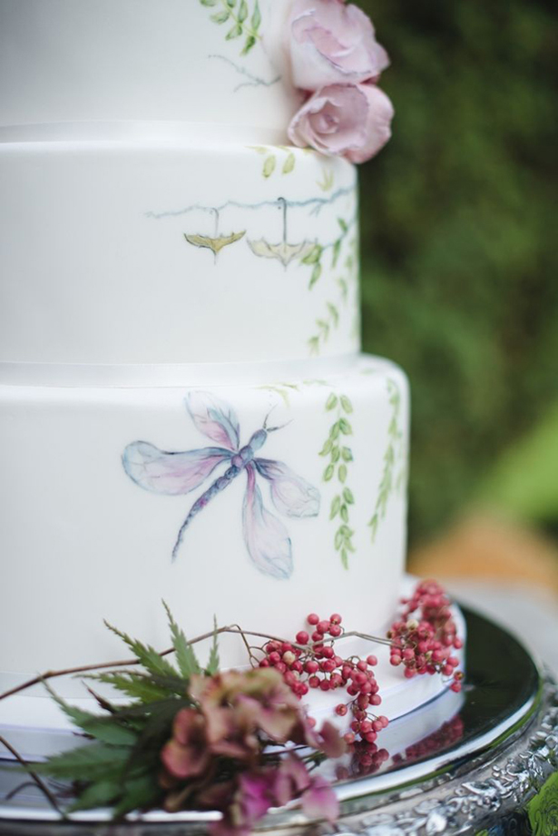 Hand Painted Wedding Cake | Confetti.co.uk