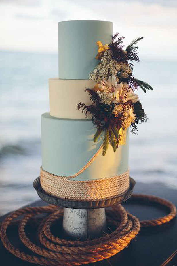 Seaside Wedding Cake | Confetti.co.uk