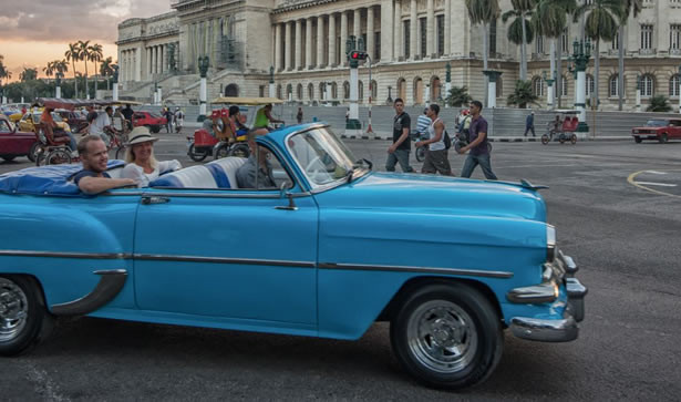 Classic Car Havana Experience in Cuba for Two