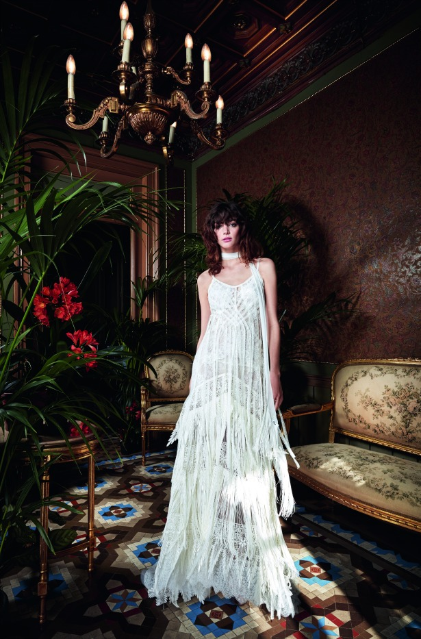 Yolan Cris 1970s inspired wedding dress Collection 2017 Narciso | Confetti.co.uk