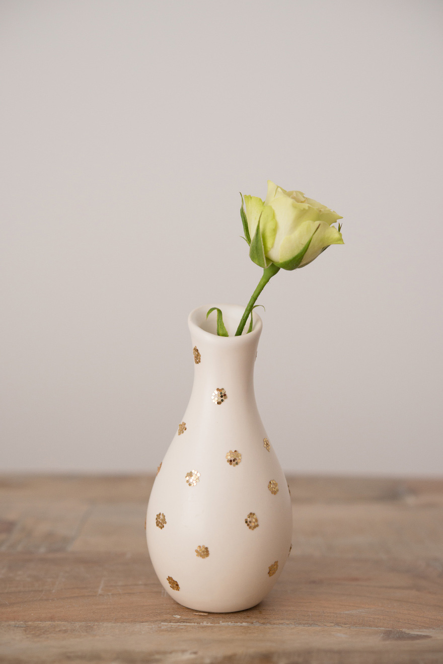Small Gold Glitter Polka Dot Vases | Confetti.co.uk