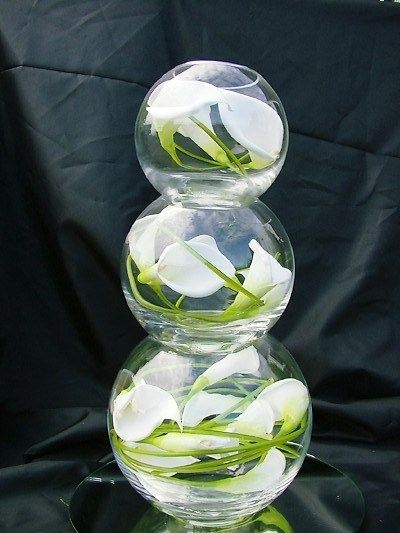 Solavia glass fish bowls centrepiece | Confetti.co.uk