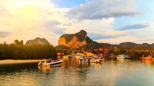 Honeymoon in Thailand by Tinggly   Confetti.co.uk