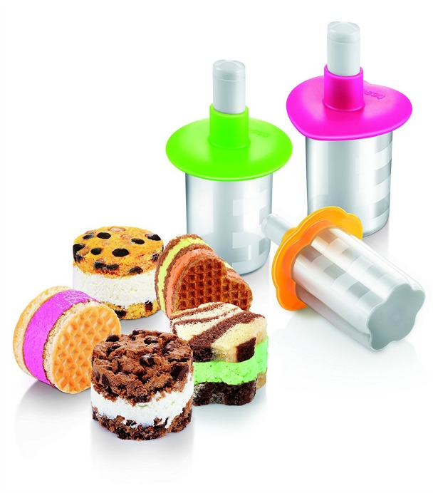 Kitchen Gadgets Ice-cream sandwhich maker cutters | Confetti.co.uk