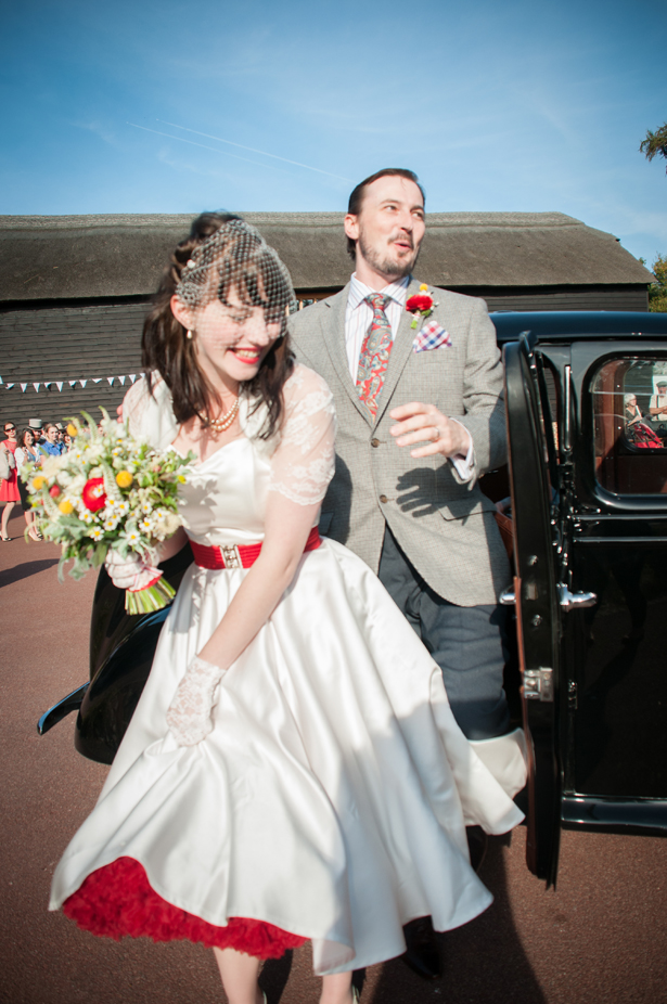 Ani and Robbie's Vintage 1950's Wedding | Confetti.co.uk
