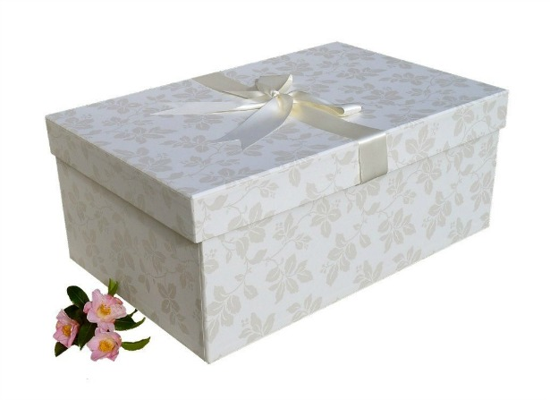 Large handmade wedding dress box with ribbon | Confetti.co.uk