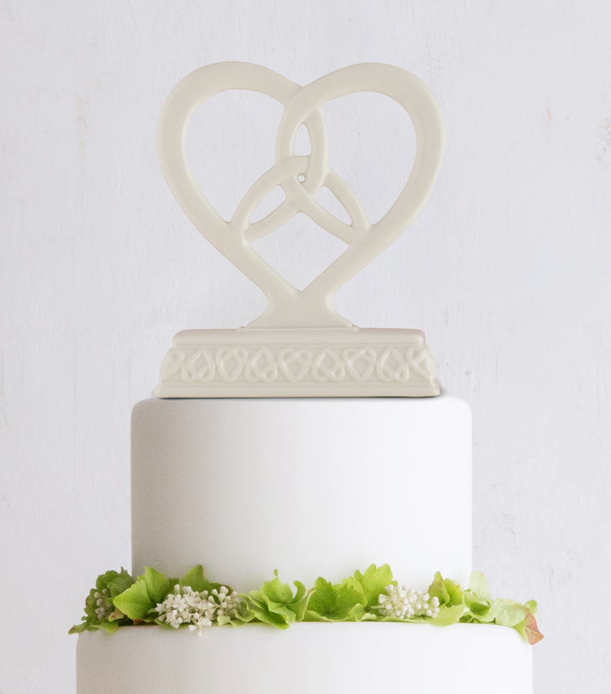 Handfasting and Tying the Knot Ceremony - Heart framed trinity knot cake topper | Confetti.co.uk
