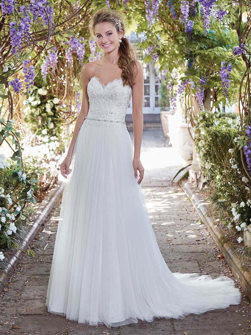 Faye by Rebecca Ingram at Maggie Sottero Designs | Confetti.co.uk