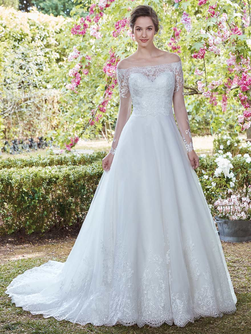 Lenora by Rebecca Ingram at Maggie Sottero Designs | Confetti.co.uk