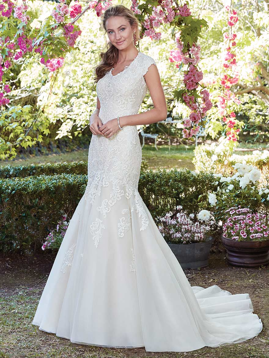 Victoria Anne by Rebecca Ingram at Maggie Sottero Designs | Confetti.co.uk