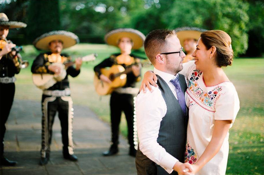 Wedding Flash Mobs and Surprises | Confetti.co.uk