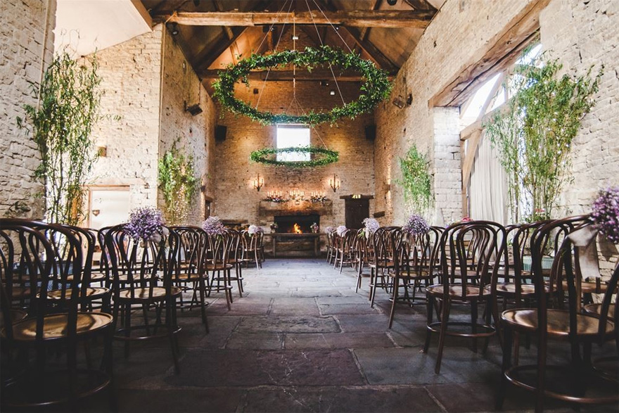 Cripps Barn Rustic Wedding Venue in the Cotswolds by Adam Drake Photography | Confetti.co.uk