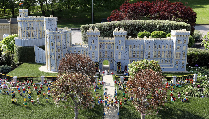 A Replica of Windsor Castle Has Been Made Out of LEGO | Confetti.co.uk